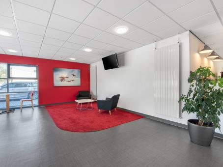 Building at Aviation Business Park, Enterprise Close in Christchurch 1