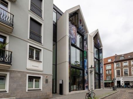 建筑位于DusseldorfRatinger Strasse 9, Andreasquartier, Ground floor, 1st, 2nd, 3rd floor 1