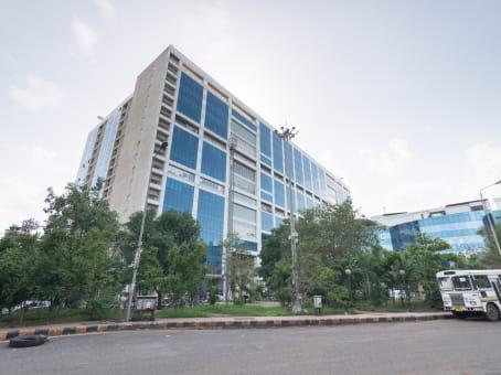 Gebäude in Millenium Business Park 601, 6th Floor, Rupa Solitaire, Plot No. A-1, Mahape in Mumbai 1