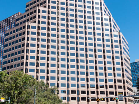 建筑位于Austin111 Congress Avenue, Suite 500 1