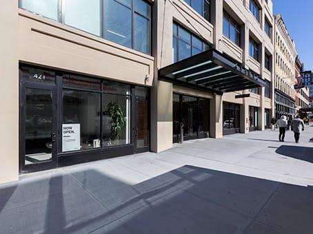 建筑位于New York CityGround Floor and Suite, 413 West 14th Street #200 1