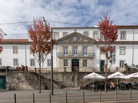 Gebäude in Rua Augusto Rosa 79 in Porto 1