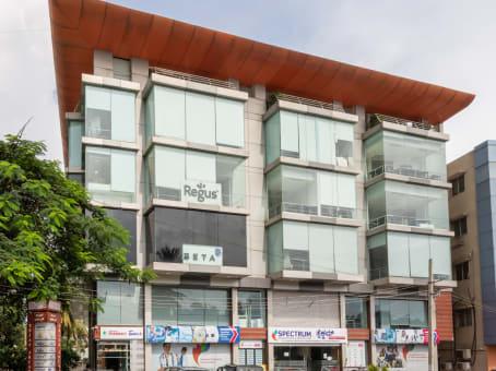 建筑位于Bangalore1st Main Road / Dr. Rajkumar Road, No.527/B, Tejas Arcade, Ward No.9 1