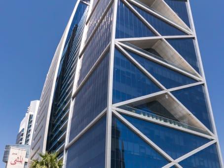 建筑位于RiyadhKing Fahd Branch Road, Hamad Tower, 4th floor 1