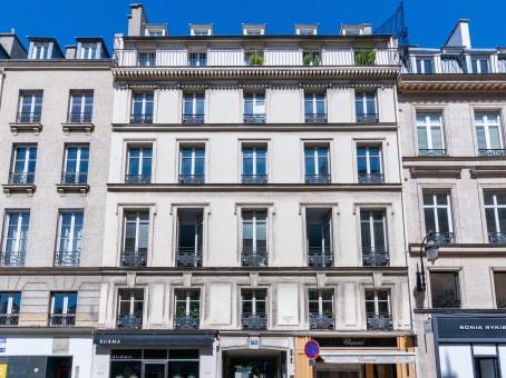 Building at 72 rue du Faubourg, St. Honoré in Paris 1