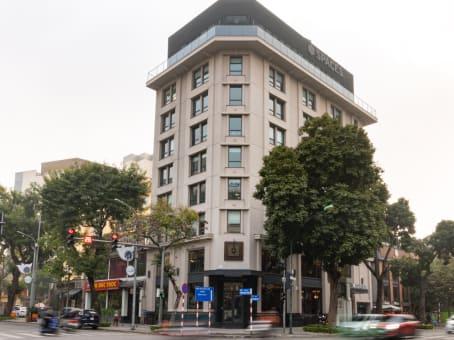建筑位于Hanoi28A Tran Hung Dao street, Hoan Kiem district 1