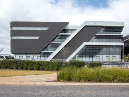 建筑位于CenturionGround & First floor Building 14, Block B, Byls Bridge Office Park, Pretoria, Corner of Olievenhoutboch & Jean Ave 1