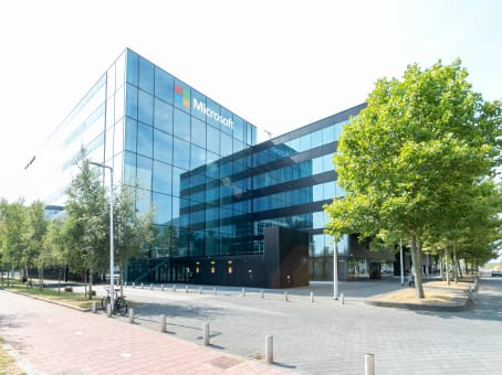 建筑位于AmsterdamEvert van de Beekstraat 354 1