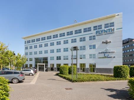 Building at Pettelaarpark 84, Hertogenbosch in Den Bosch 1