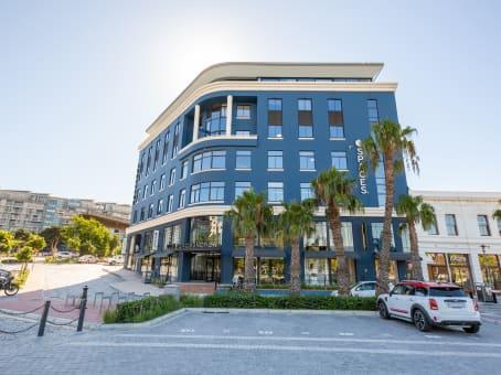 建筑位于Cape TownDock Road Junction, Corner of Stanley & Dock Road, Waterfront 1