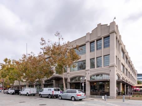 建筑位于Oakland66 Franklin Street, Suite 300 1