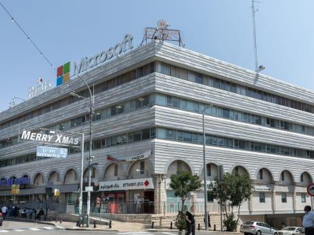 建筑位于NazarethPaulus ha-Shishi 102 street, 3rd Floor 1
