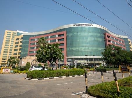 建筑位于Gurugram10th floor, Tower-B Unitech Cyber Park, Sector 39 1