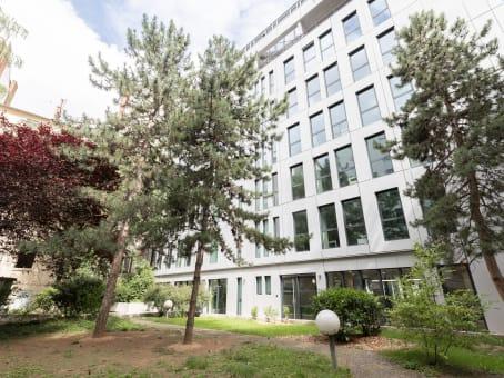 建筑位于Lyon132 Rue Bossuet 1