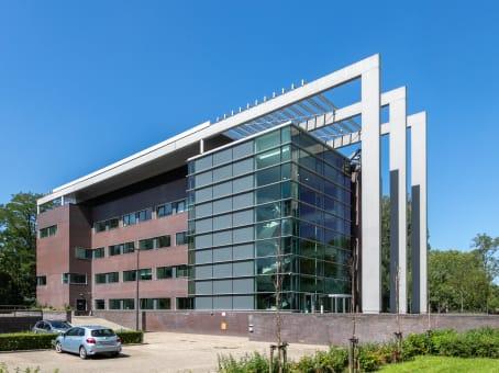 建筑位于AmstelveenBavincklaan 7 1