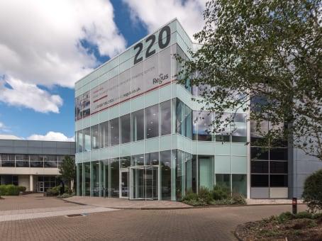 建筑位于WokinghamBuilding 220, Wharfedale Road 1