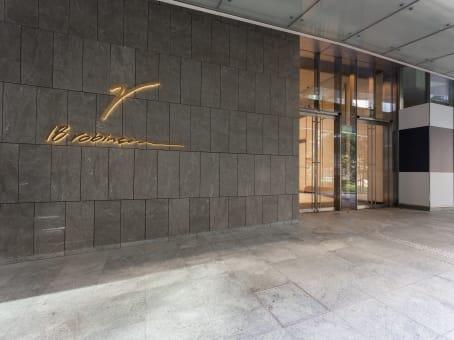 建筑位于Singapore18 Robinson Road, #02 1