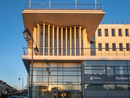 建筑位于Maisons-Laffitte44 Rue Jean Mermoz 1
