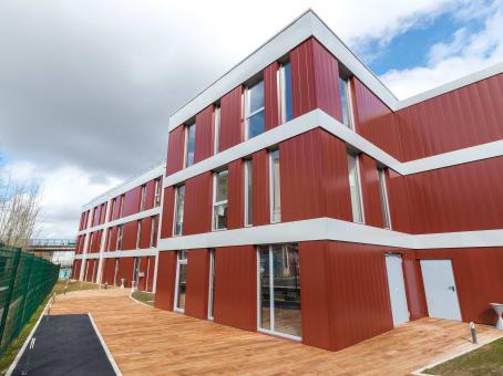 建筑位于Brunoy22 place de la Gare 1