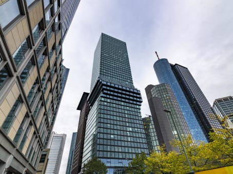 建筑位于FrankfurtGroße Gallusstraße 16, 1st, 3rd, 4th, 5th and 13th Floor 1