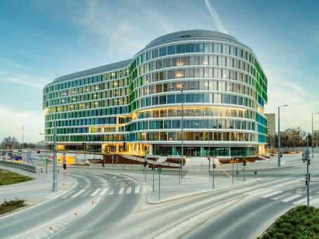 建筑位于BudapestBalatoni street 2/a., 1st floor 1