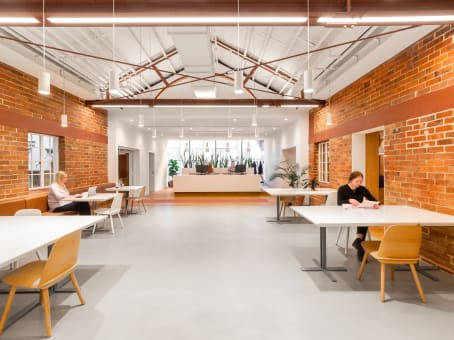 建筑位于Perth300 Murray Street, Level 2 East, The Wentworth Building 1