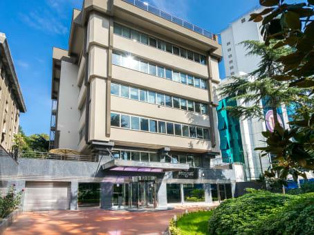 Building at Yuzbasi Kaya Aldogan Street No: 4, Sisli in Istanbul 1