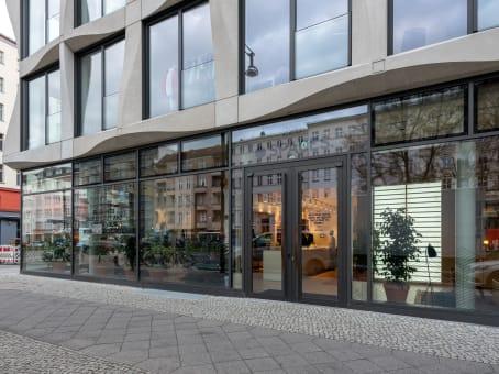建筑位于Berlin2nd, 3rd, 4th and 5th Floor, Greifswalder Straße 226/Ground Floor, 1st 1