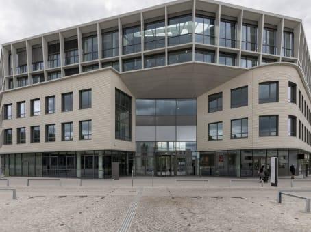 建筑位于Versailles2-12 Parvis Colonel Arnaud Beltrame 1