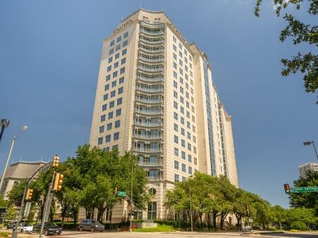 建筑位于Dallas100 Crescent Court, 7th Floor 1