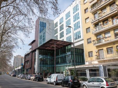 建筑位于MilanViale Cassala 57, Quartiere Navigli 1