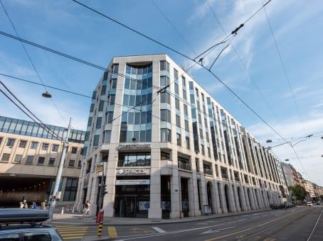 建筑位于GenevaRue de Lausanne 15, Cornavin Station, 4th & 5th floor 1