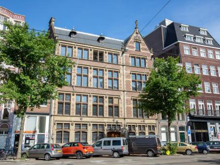 建筑位于AmsterdamNieuwezijds Voorburgwal 104-108 1