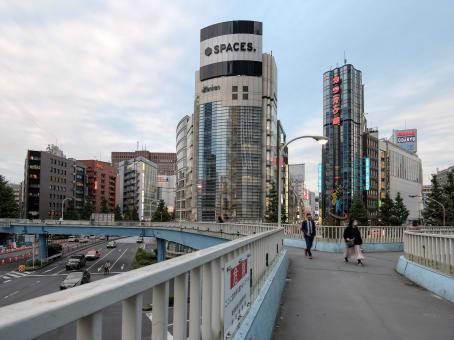 建筑位于Tokyo1-4-11 Nishi Shinjyuku, Zenkei Plaza building, Shinjyuku-ku 1