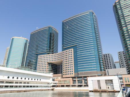 建筑位于九龙广东道15号海港城,港威大厦第5座29-31楼 1
