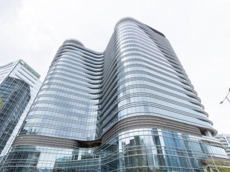 建筑位于九龙海滨道77号, 海滨汇5楼, 九龙 1