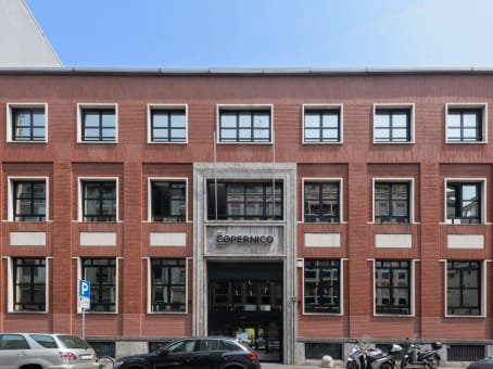 建筑位于MilanVia Zuretti 34 1