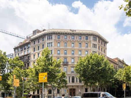 Building at Gran Via de les Corts, Catalanes 583, 5 a planta in Barcelona 1