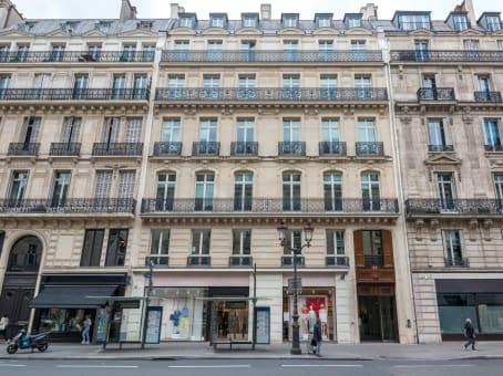 Building at 27 avenue de l'Opéra in Paris 1