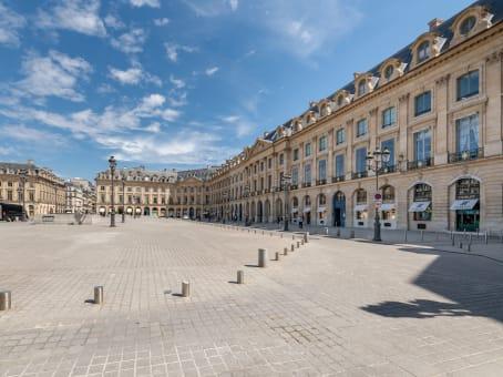 建筑位于Paris10 Place Vendôme 1
