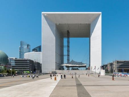 Building at Paroi Nord La Défense, La Grande Arche in Paris 1