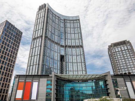 建筑位于广州市林和西路161号, 中泰国际广场A座23层, 天河区 1