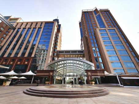建筑位于Bangalore1, Vittal Mallya Road, Level 14 & 15, Concorde Towers, UB City 1