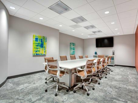 建筑位于Deerfield500 Lake Cook Road, Corporate 500, Suite 350 1