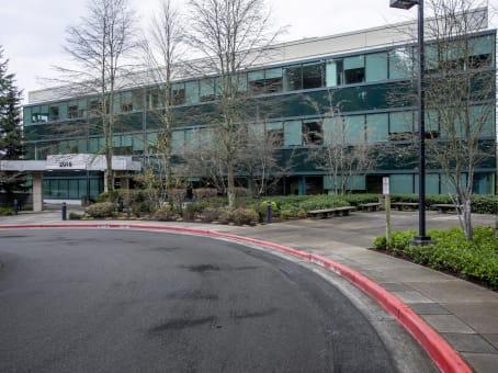 建筑位于Bellevue2018 156th Avenue Northeast, Northeast Bellevue, Building F, Suite 100 1
