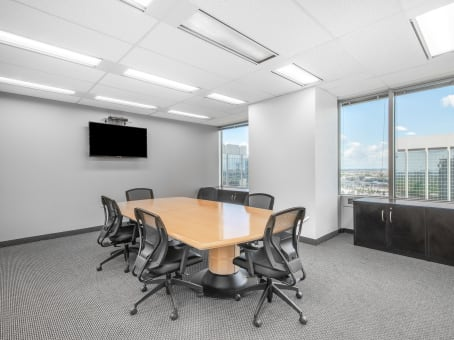 建筑位于Mississauga4 Robert Speck Parkway, Mississauga Executive Centre, 15th Floor 1
